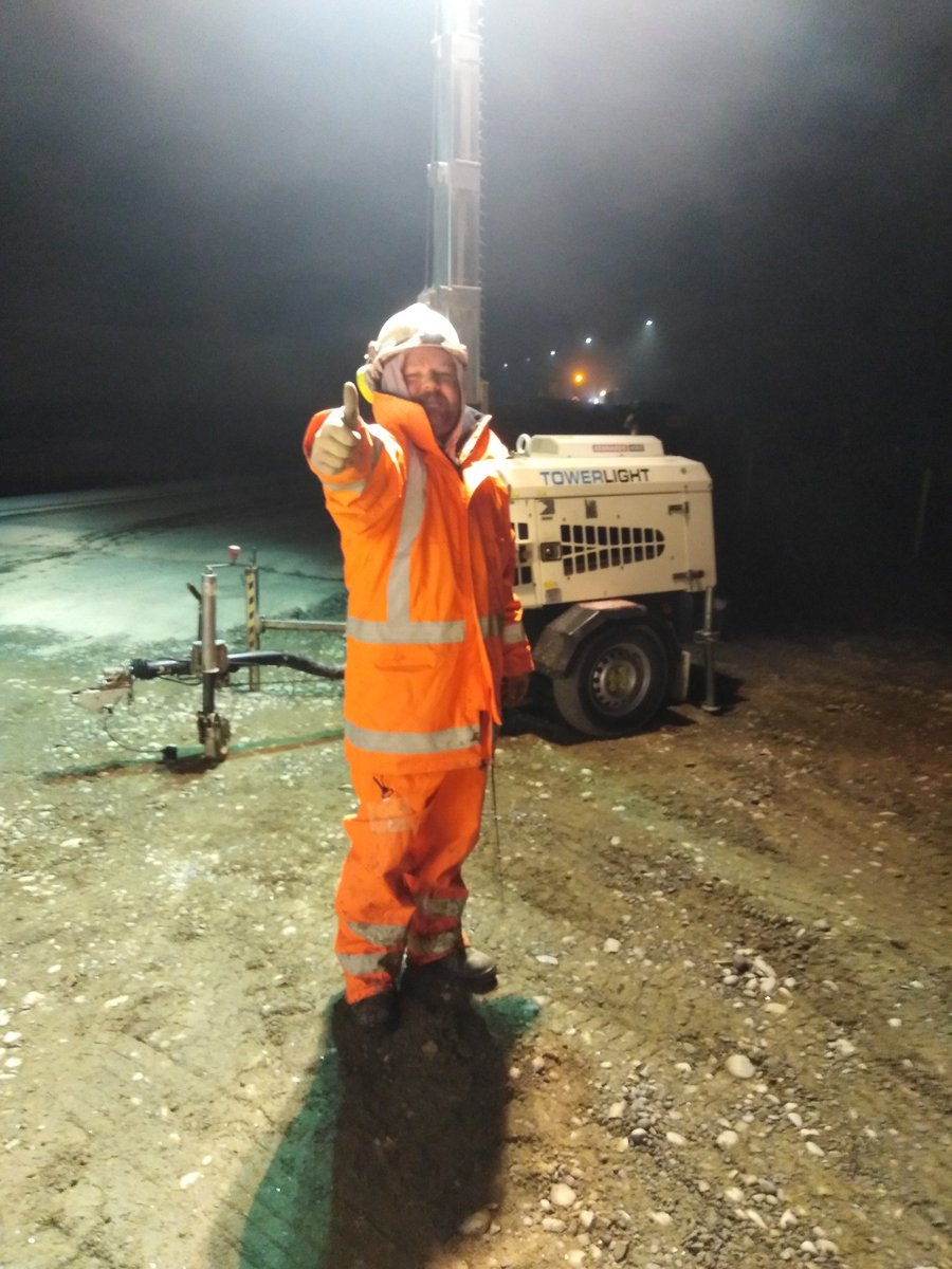 Hey @cjsbishop  you say @nzlabour not working on road infrastructure but here's me on night shift on one of the big motorway expansions and its 24/7 shifts here in #Christchurch.  <br>http://pic.twitter.com/OMhaqWYTlb