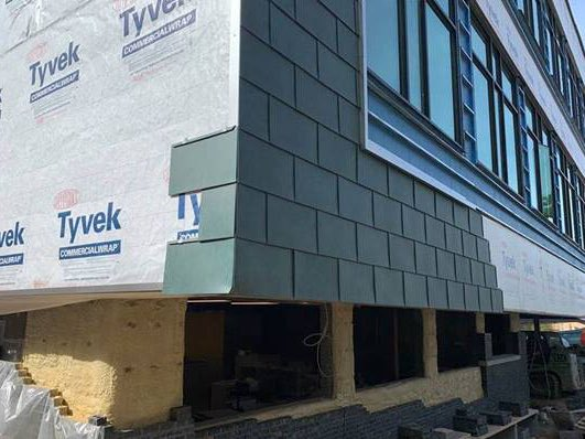 Copper cladding on <a target='_blank' href='http://twitter.com/DHMiddleAPS'>@DHMiddleAPS</a> addition is looking handsome!!   <a target='_blank' href='http://twitter.com/dhms_ptsa'>@dhms_ptsa</a> <a target='_blank' href='http://twitter.com/EllenSmithAPS'>@EllenSmithAPS</a> <a target='_blank' href='http://search.twitter.com/search?q=StratfordProject'><a target='_blank' href='https://twitter.com/hashtag/StratfordProject?src=hash'>#StratfordProject</a></a> <a target='_blank' href='https://t.co/ZrpgR4x1wD'>https://t.co/ZrpgR4x1wD</a>