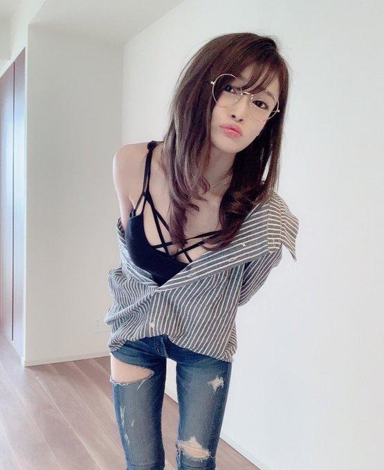 AV女優七海ひなのTwitter自撮りエロ画像78