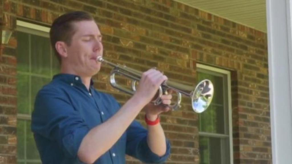Musicians play 'Taps' across America to honor veterans on Memorial Day cbsn.ws/36JsCWt