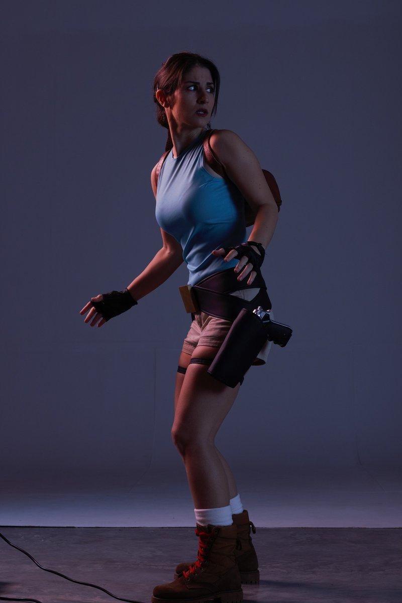 {Making of} What is Lara afraid of? New pics coming... #LaraCroft #TombRaider #Classics #cosplay #cosplayergirl #cosplayer #cosplaying #oldschool #RETROGAMING #retrogames #Geeksandgamers #Geek #photoshootpic.twitter.com/zbhnYu2HjE