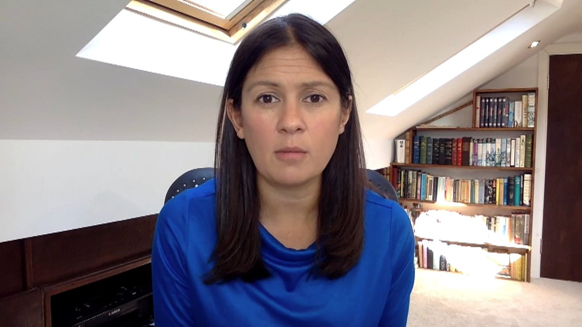 It's becoming increasingly clear that people don't have that level of confidence in the government. Shadow Foreign Secretary Lisa Nandy says Boris Johnson needs to urgently answer questions about the inconsistencies in Dominic Cummings account itv.com/news/2020-05-2…