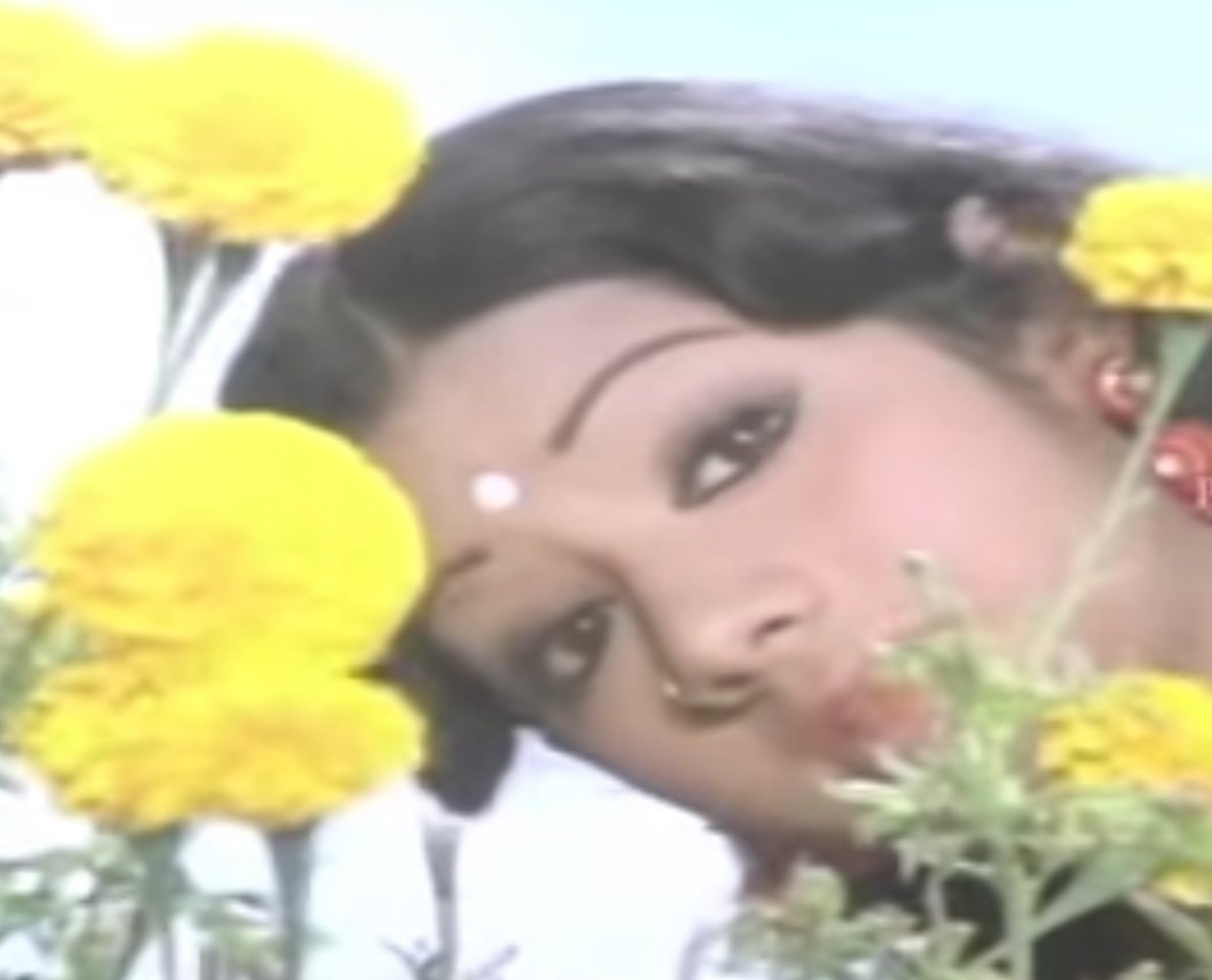 #Sridevi sang one song each in #Tamil, #Telegu & #Hindi. Received #Filmfare awards for #MeendumKokila (Tamil), #Chaalbaaz-#Lamhe (Hindi) & #KshanaKshanam (Telegu). She ruled all the 3 industries for the longest time. Beloved most Superstar.  #SrideviLivesForever #SrideviForever