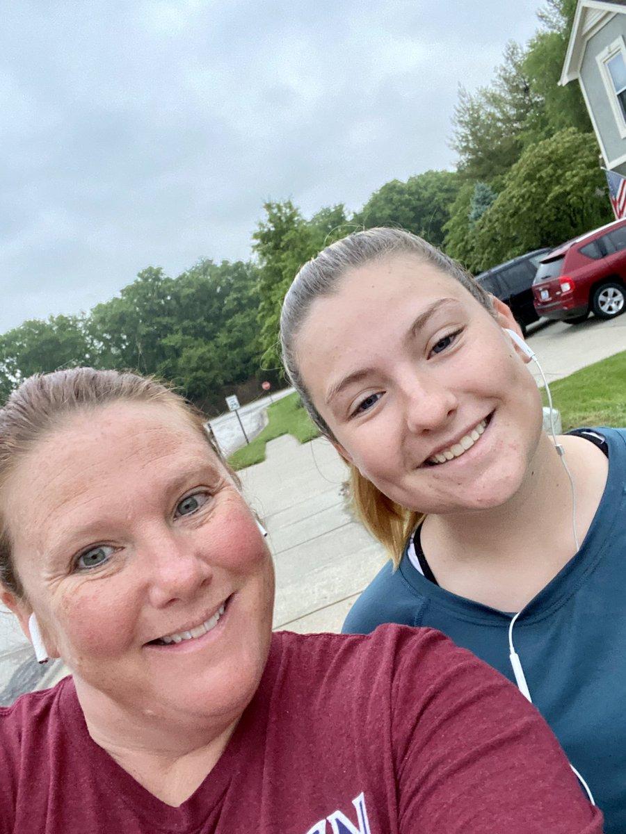 Nice to have a walk/jog partner now that Abby has started her summer golf workout program.  #parkhillsouth #pantherpride #girlsgolf #girlswhogolf #hsgolf #highschoolgolf #varsitygolf #nooffseason #kcgolf #kcga #imperialgolf #mizuno pic.twitter.com/JJCB0zc7Wu