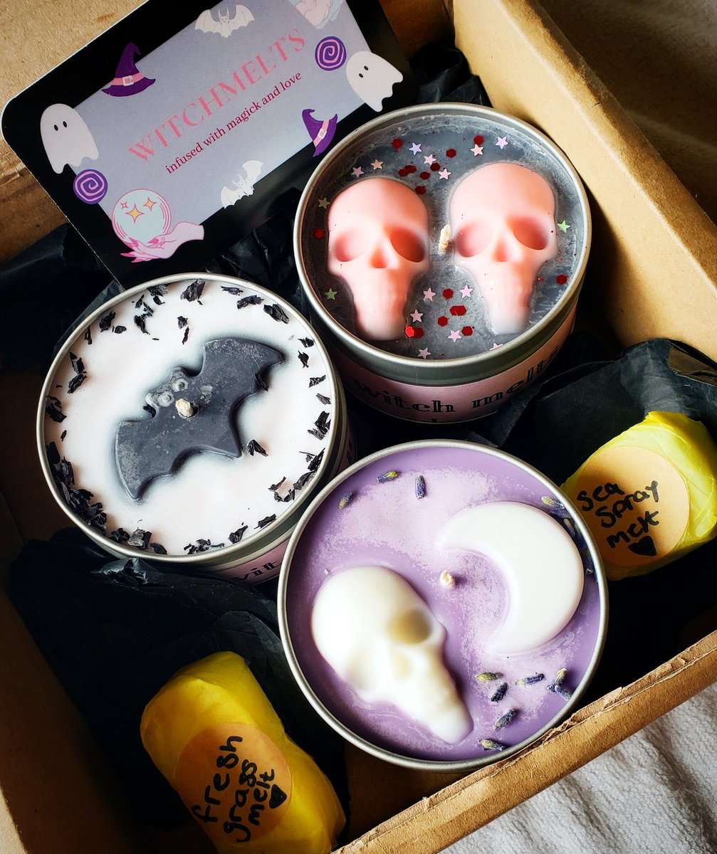 Look what arrived! I am so obsessed! They look and smell incredible. Thank you so much @witchmelts 😍😍😍 I cant wait for my new house to smell like spooky heaven!