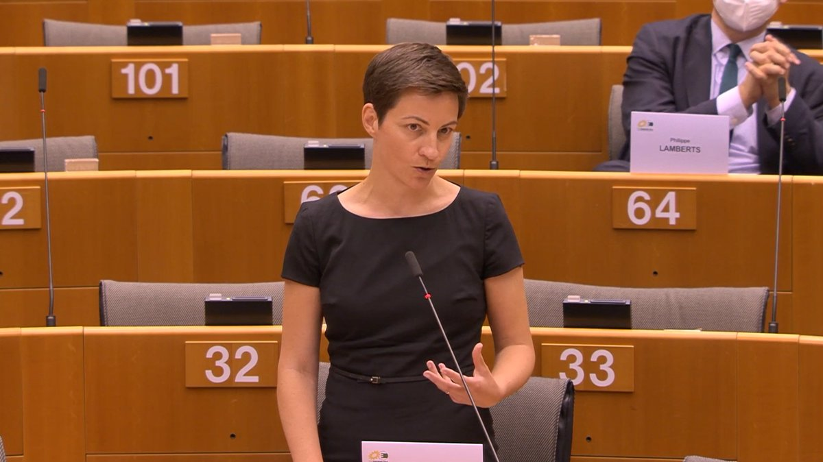 #EPlenary has shown the way forward: we proposed a substantial recovery fund, a strong #EUbudget and a #EUgreendeal that helps the economy while addressing the climate & biodiversity crisis. Im very glad to say that Greens all over Europe are also supporting that - @SkaKeller