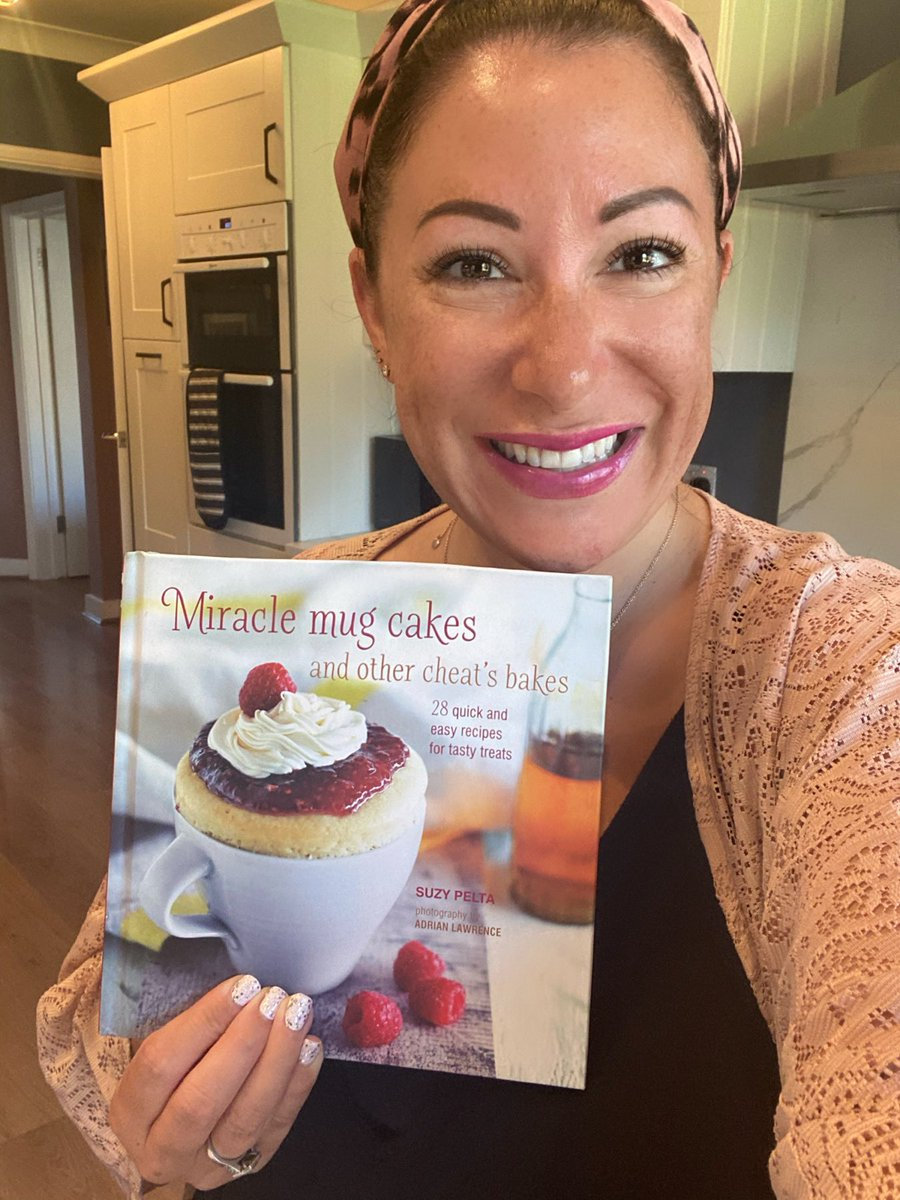 #WIN a signed copy of my book: Miracle Mug Cakes and Other Cheat's Bakes    #FLW me & #RT to enter   T&C's:  https:// suzypeltabakes.com/competition/my -book-giveaway/   …   Mug Cakes are THE BEST (I mean you can have actual cake in minutes!!)   #Competition #giveaway #WednesdayThoughts #Humpdayhappiness<br>http://pic.twitter.com/uJNVATnKA1