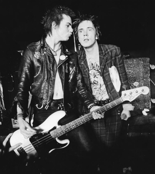 Johnny Rotten & Sid Vicious, 1978.  Jay Dickman. <br>http://pic.twitter.com/3atkh6hvn0
