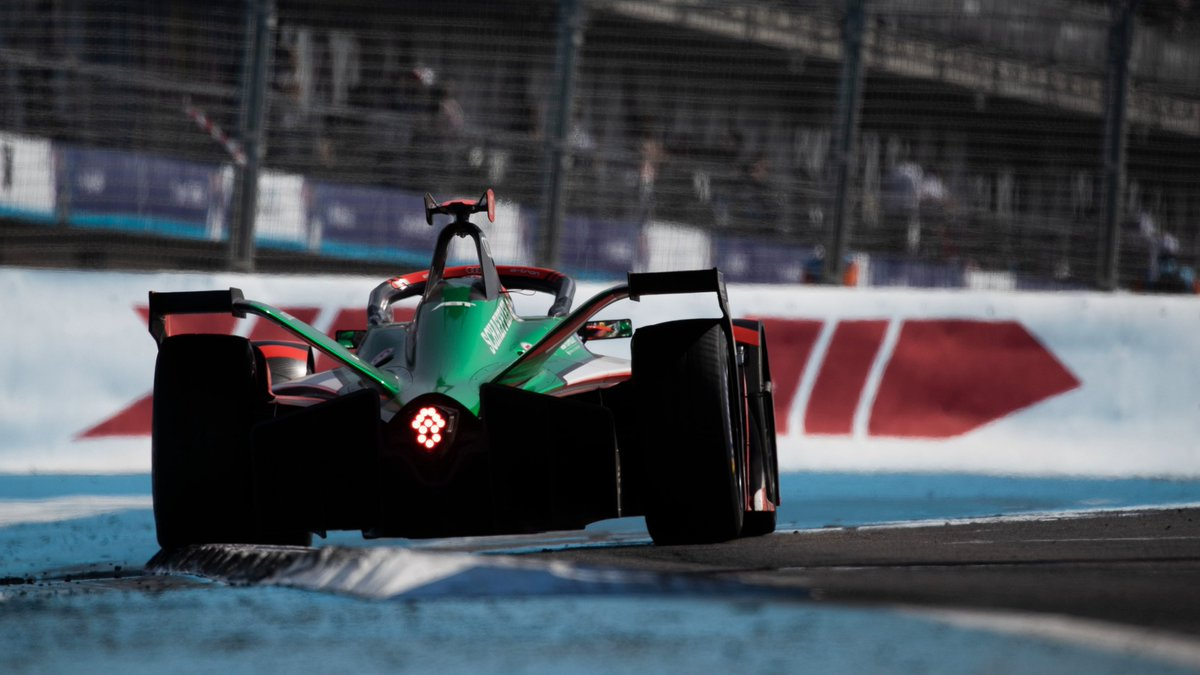 Daniel Abt, after 6 years and 63 races, will no longer drive for Audi in Formula E. He has been part of our Formula E team since the debut of the racing series in September 2014, and our official factory driver since 2017.  Full statement >> https://t.co/ktQ0jleme7  #ABBFormulaE https://t.co/9NMz0kJ5lr