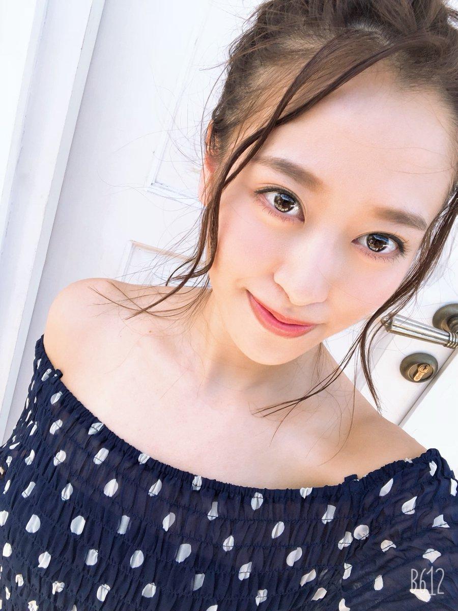 【10期11期 Blog】 インスタライブって〜。小田さくら: こんばんは!小田さくらです毎日、21時は子猫ちゃん達にご飯を上げる時間なんですが今日は加賀かえでぃーとDA PUMP…  #morningmusume20