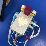 EZBsw5yX0AAyKD4 - Raising Robots - LEGO Mindstorms EV3 & WeDo