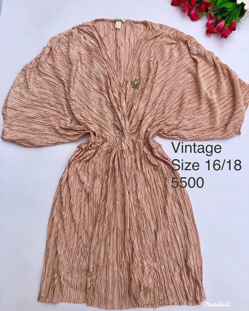 Champagne  wrapp dress available  Twitter for android  Wizkid #nysc #ChildrensDay2020  #davido #pic.twitter.com/3BetIaAtPs