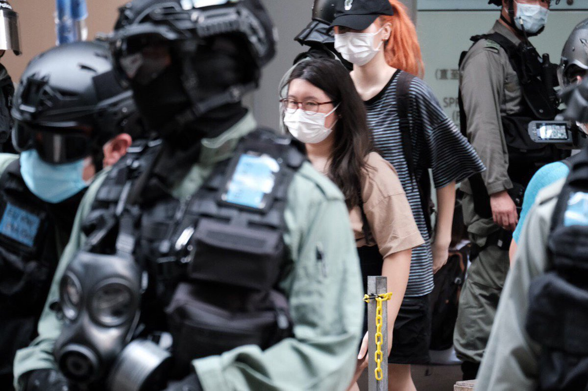2108  do you know him/her/them? Arrested in MK. Contact family and lawyers ASAP #527HK #HongKongProtests #NationalSecurity #SOSHK #BreakOfDawn #PoliceBrutality #SaveTheChildren pic.twitter.com/jz3Zyy6v3B