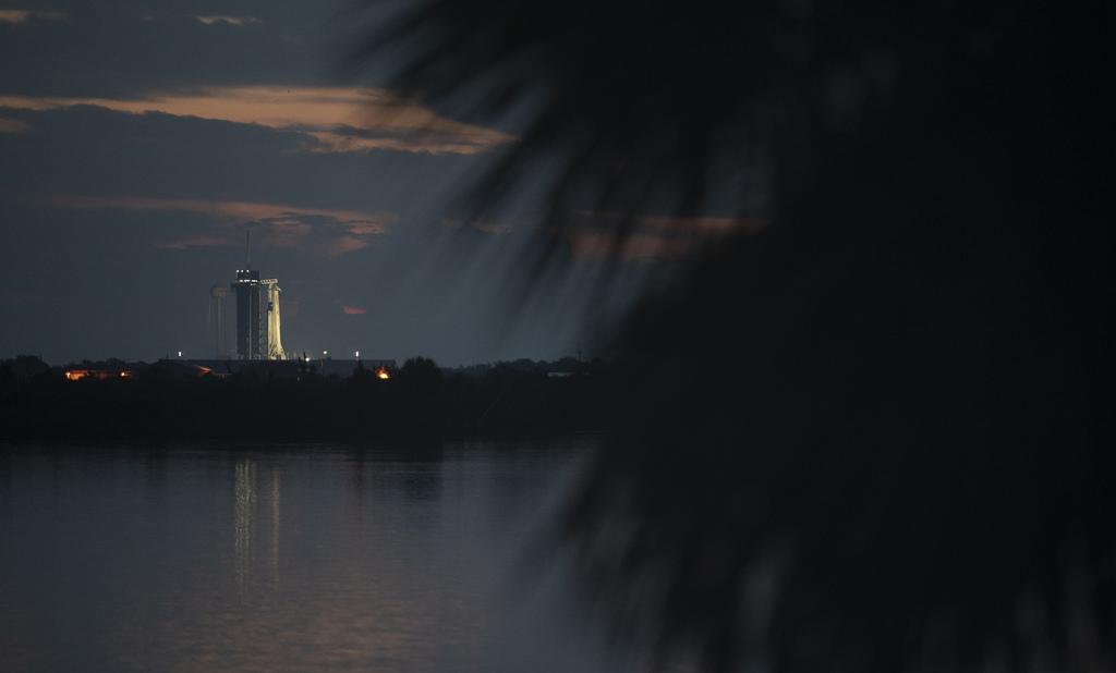Sunrise from Launch Complex 39A via NASA https://ift.tt/2TLlXFE #nasa #space #foco pic.twitter.com/9eSLxrMP5Q