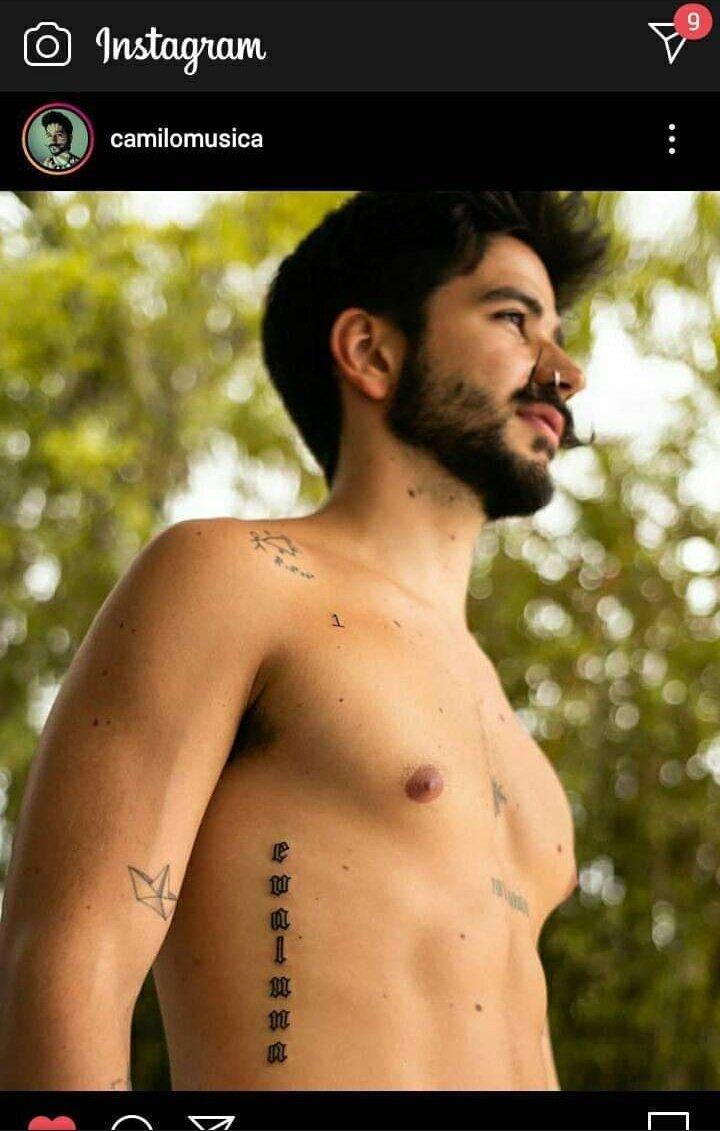 Camilo se tatuó el nombre de su jermu y vos no te animas ni a etiquetarme en memes traidor🤣 https://t.co/R4SrW5kVL9