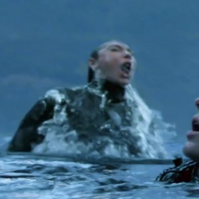 me rising from the ashes the second bellamy is back on my screen <br>http://pic.twitter.com/mtfJQSnCld
