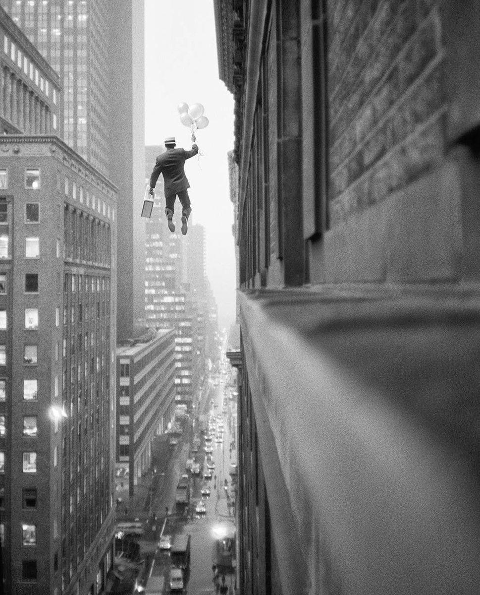 #Photography Geof Kern (1991), Midtown Exit pic.twitter.com/ILkk3zhhLs