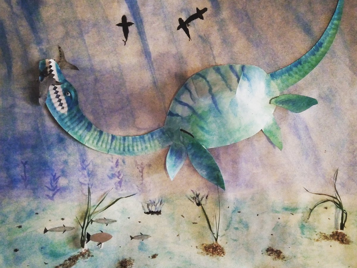 Another fantastic plesiosaur from @DarrellWakelam's make-and-do activities on our website. This one was made by Anita and has a brilliant background scene too. Take a look on our website to find instructions on how to make one yourself:   http://www.lymeregismuseum.co.uk     #lockdownArt pic.twitter.com/hD3dvjYWYv