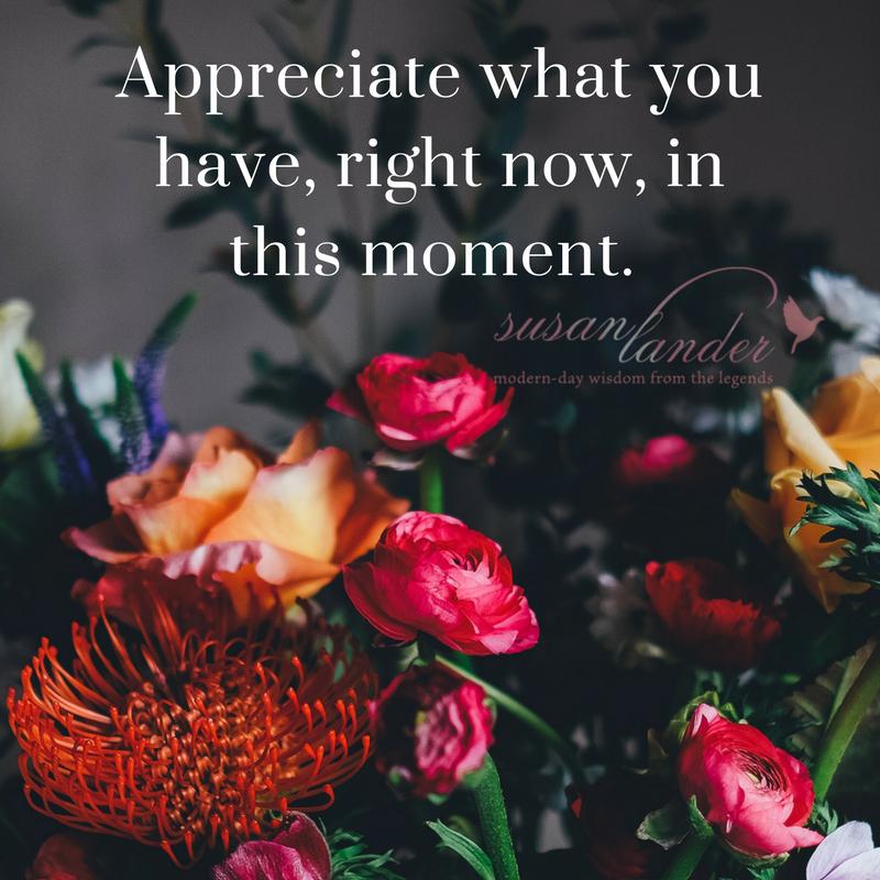 I've always felt that happiness starts with gratitude. Do you agree? pic.twitter.com/KhomWXVv7E