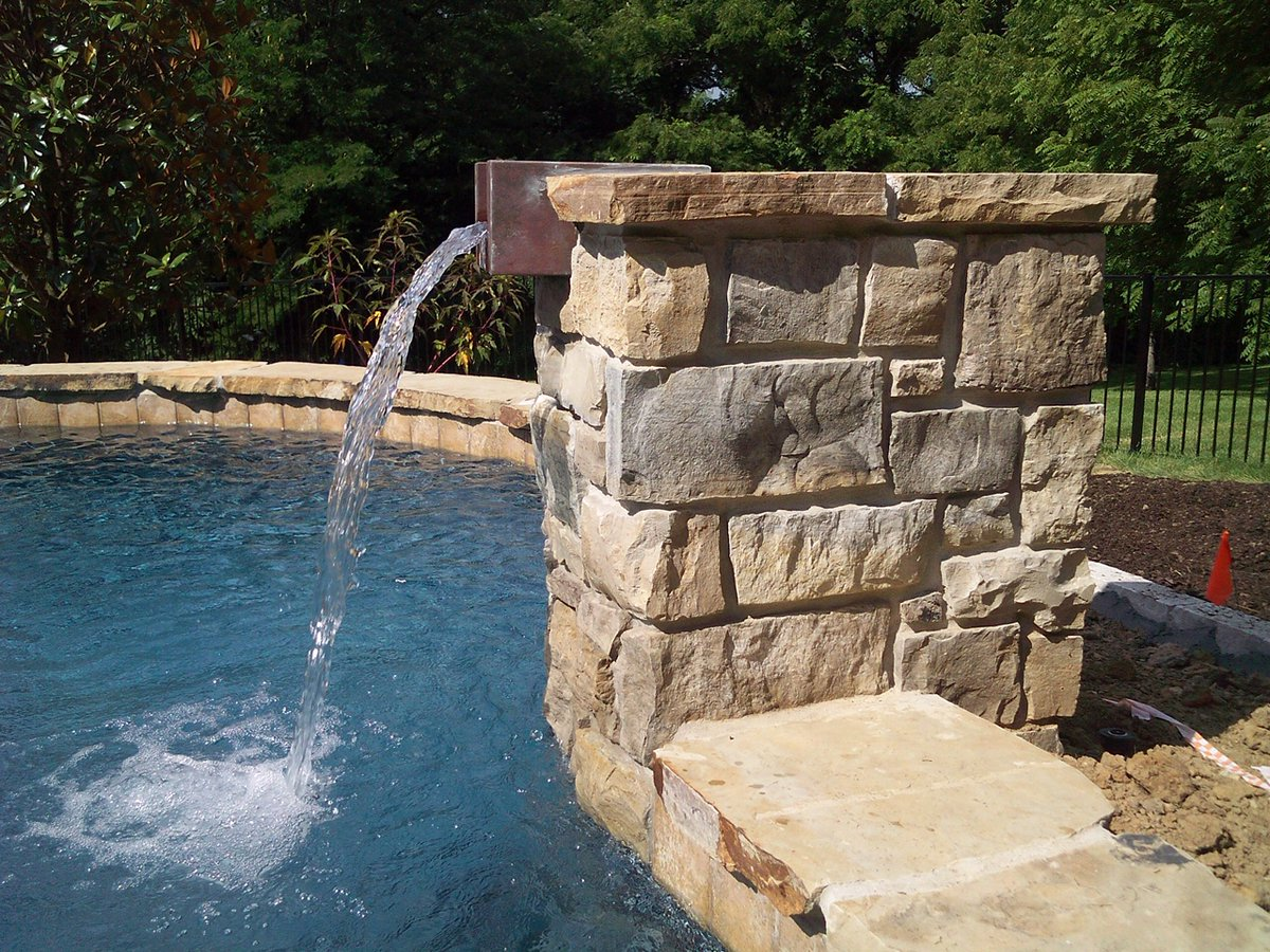Well, hello there, you beautiful stone column!    #pool #poolparty #poolside #stonecolumn #ishouldprobablygetoutmore #hardscape #landscapedesign #baxtergardenschesterfield #chesterfieldmo #wildwoodmo #stlouismo #stlouislandscapingpic.twitter.com/FYO8bM21RW