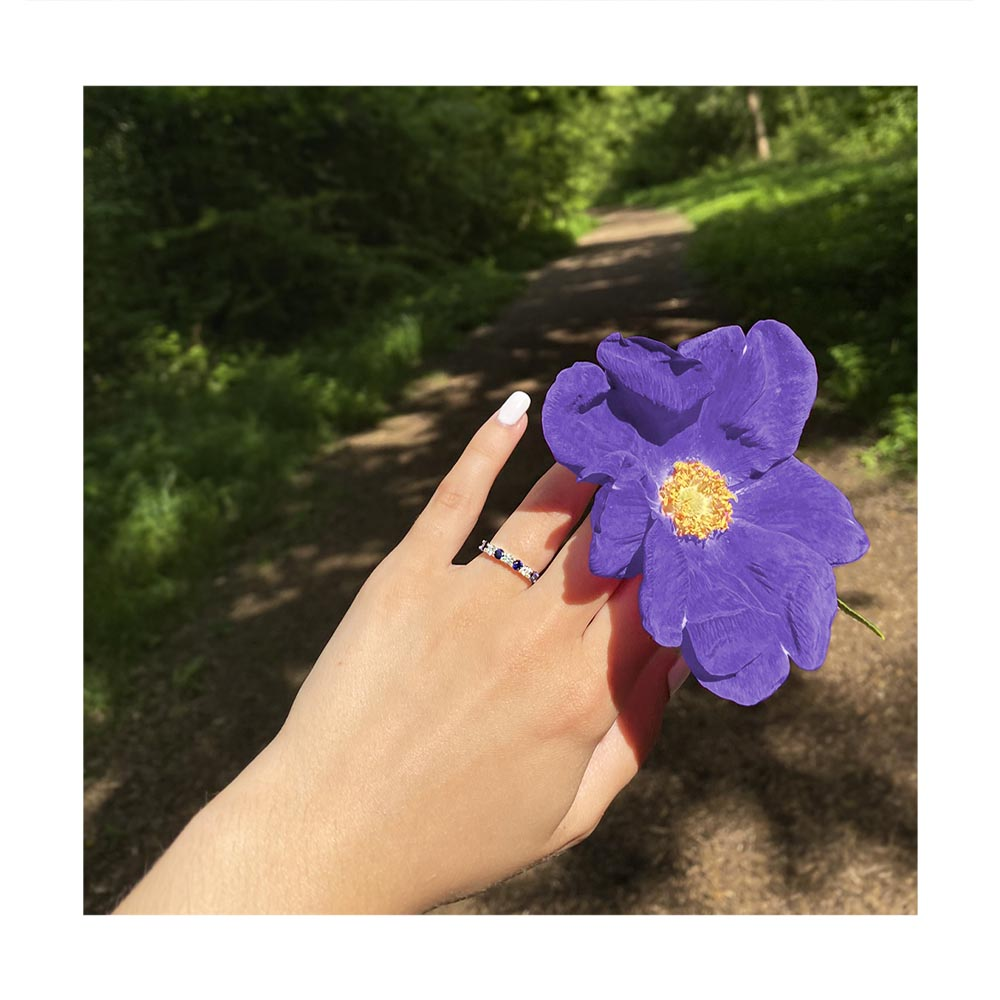 What's your favourite type of flower? #qualitydiamonds #inspiredbyyou #diamondring pic.twitter.com/9ZgensUWmY
