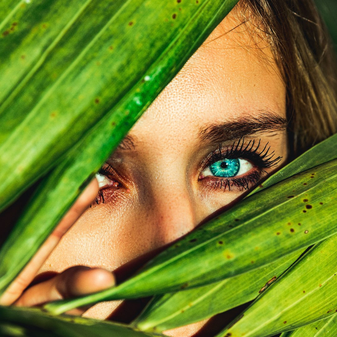 Check out our latest blog post online, link in bio! 🙌 We share some interesting info on skincare specifically around the eyes, with some tips & advice on best practices! 🧖♀️😍⚛️ #frenesies #beauty #skincare #naturalskincare #beautygram #beautylover #beautifulskin