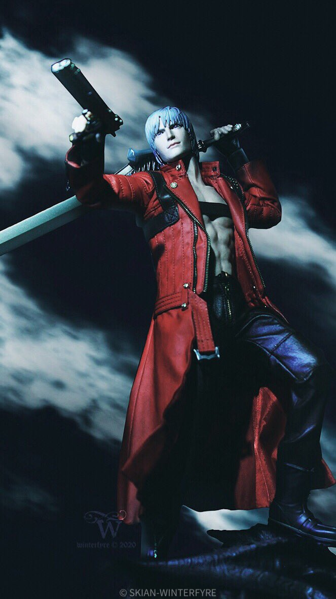 """This is going to be one hell of a party!""  Tested out a colour-grading technique I found online, liking the results so far.  #DMC #DMC3 #dante #capcom #asmustoys #デビルメイクラ #ToyPhotography pic.twitter.com/r0IECFkIXn"