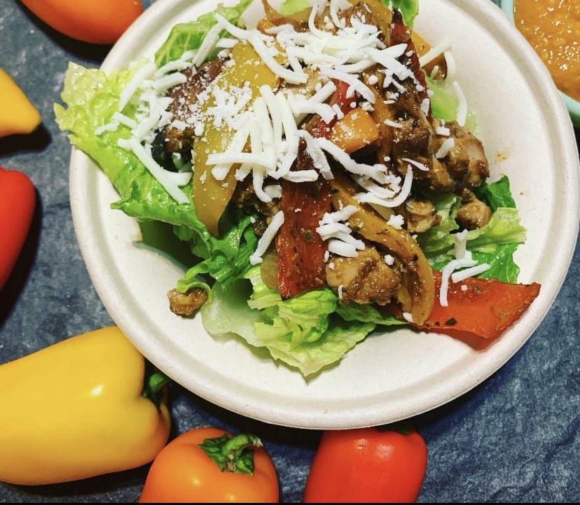 """Salsa on salad. Yes please! Go check out my newest video at """"PaperPlateGirl"""" to learn how I made my mango habanero salsa, and add it to your favorite salad. Link in bio.  #tacos #food #salsa pic.twitter.com/vOY2mQymbj"""