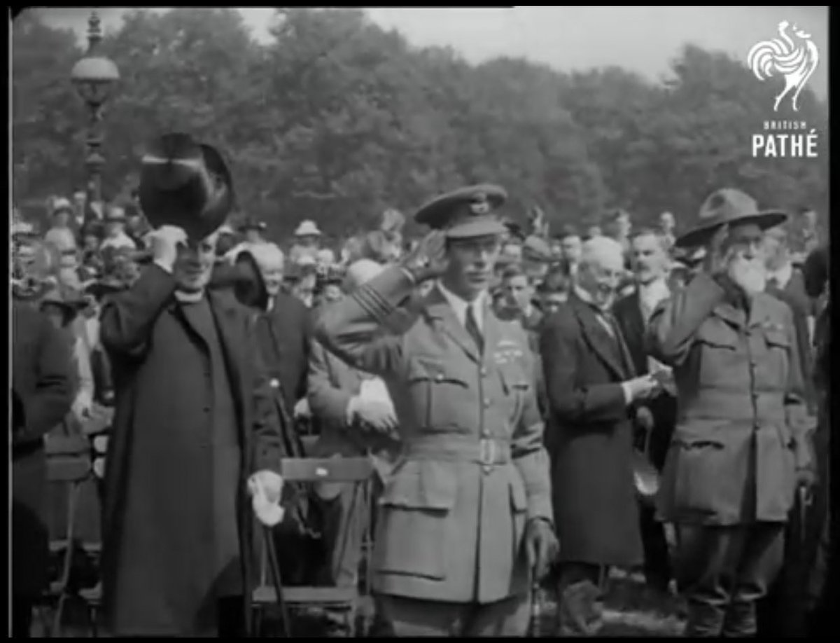 Empire Day at Hyde Park, #UK: Prince Albert accepts a salute from 10,000 massed boys and girls.pic.twitter.com/J8xtgMKLkE