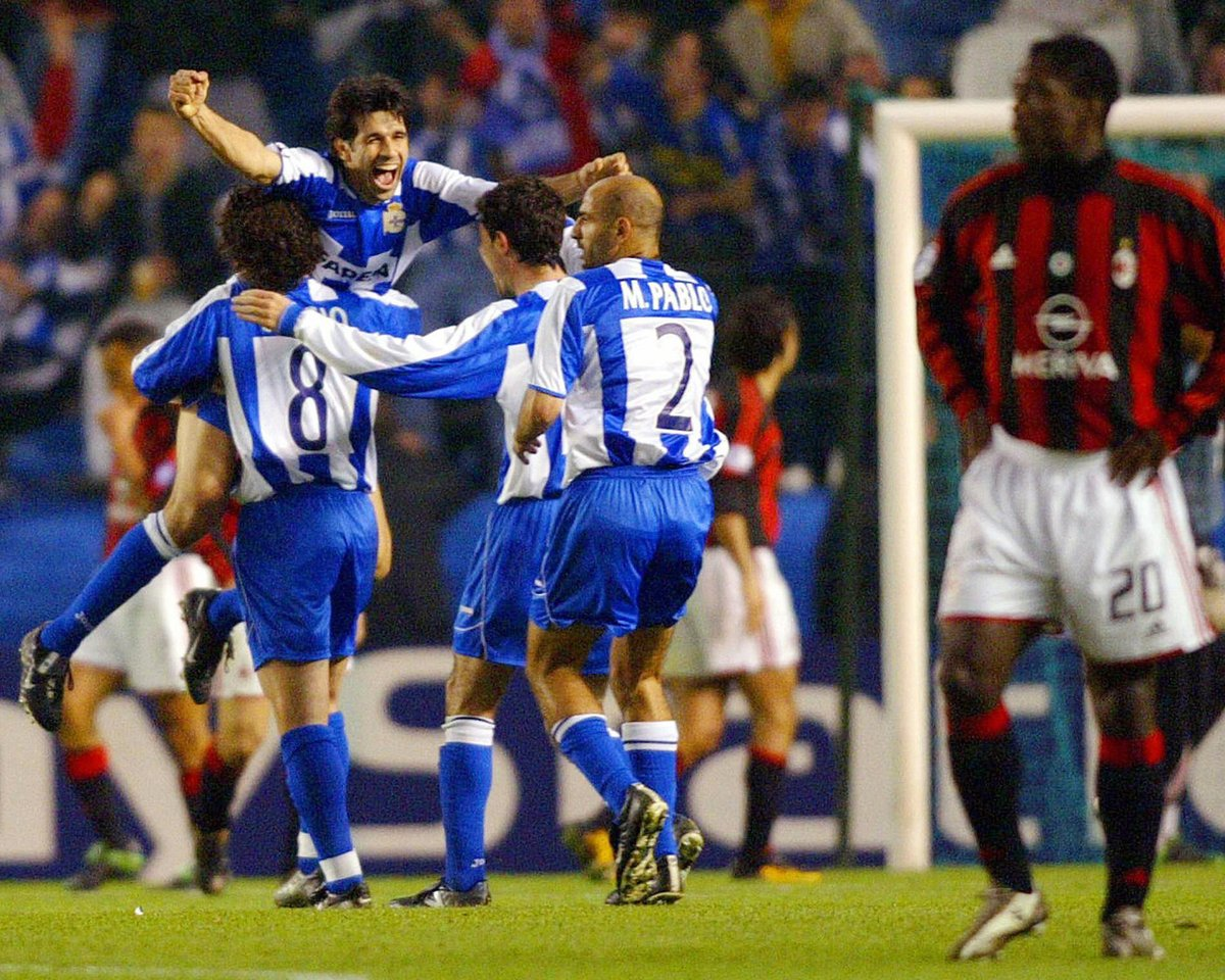 The 2004 quarter-final comeback by @RCDeportivo against an insanely talented AC Milan side, started off by @RiflePandiani7, was witnessed in the flesh by Carlota Leira.   Read her retelling of that famous night by following the link. #Depor #LaLiga  https://t.co/vJGkiM5cjZ https://t.co/A4xVjzlcuk