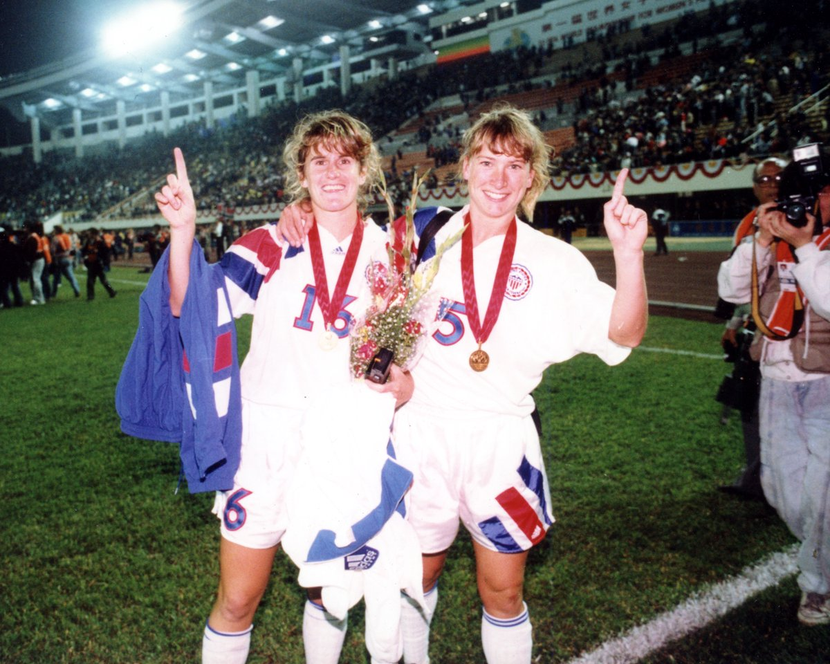 Happy Birthday to #USWNT defender and 1991 @FIFAWWC champion Debbie Belkin Rademacher! 🥳🏆