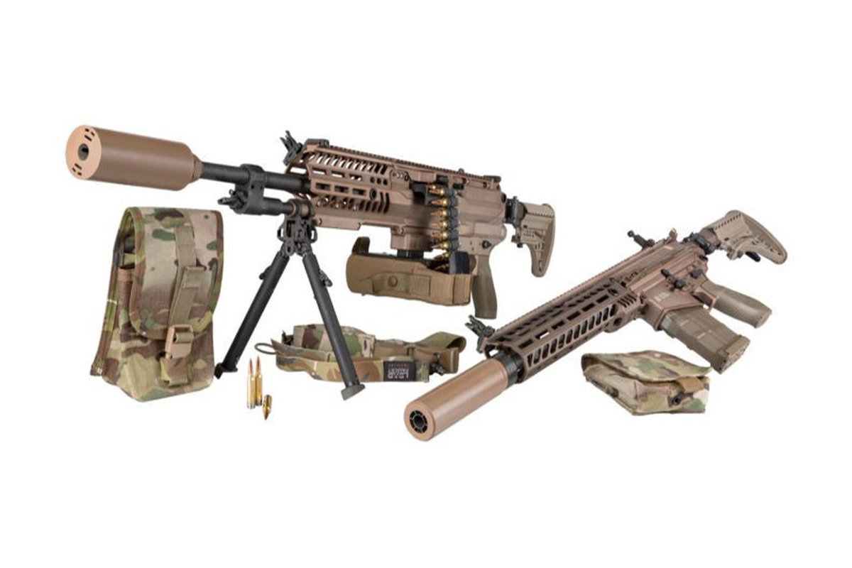 The @USArmy is evaluating weapons and new 6.8mm ammunition for the Next Generation Squad Weapon programme, after delivery of the first batch was completed on 18 May. Check out the hardware here http://ow.ly/62vN50zRnqhpic.twitter.com/xfn6zK9aAA