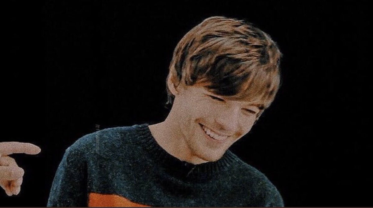#LouisTomlinsonIsLovedParty