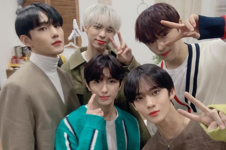 #CIX Gears Up For June Comeback With Teaser   https://www. soompi.com/article/140306 3wpp/cix-gears-up-for-june-comeback-with-teaser  … <br>http://pic.twitter.com/estgsMORvn