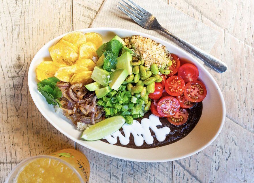 Today's work-from-home lunch inspo⬇️ Our La Baja bowl is available for pick-up and delivery on our website: https://t.co/IZJ7ApLEM7 https://t.co/shj6izXCa8