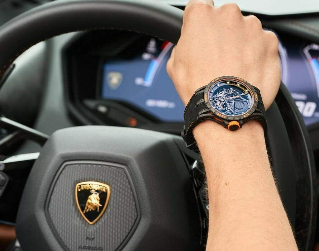 What more could you want on a Wednesday? . . #rogerdubuis #serataitaliana #lamborghiniclubamerica #lamborghini #montereycarweek #luxury #timepieces #watchesofinstagram #luxurygoals #menessentials #watchgram #watchgoals #wristgame #chronograph #luxmenstyl… https://instagr.am/p/CAsxADAjV62/ pic.twitter.com/iZOvYgU8lk