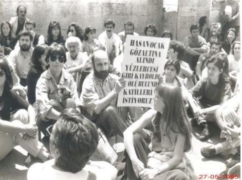 12/16 Bu olaydan sonra kayıp yakınları, Cumartesi Anneleri/Cumartesi İnsanları adı altında 27 Mayıs 1995 gününden başlayarak İstanbul'da, İstiklal Caddesi'nde Galatasaray Lisesi önünde her Cumartesi saat 12:00de,Kayıplar akıbeti açıklansın, sorumlular ortaya çıkarılarak