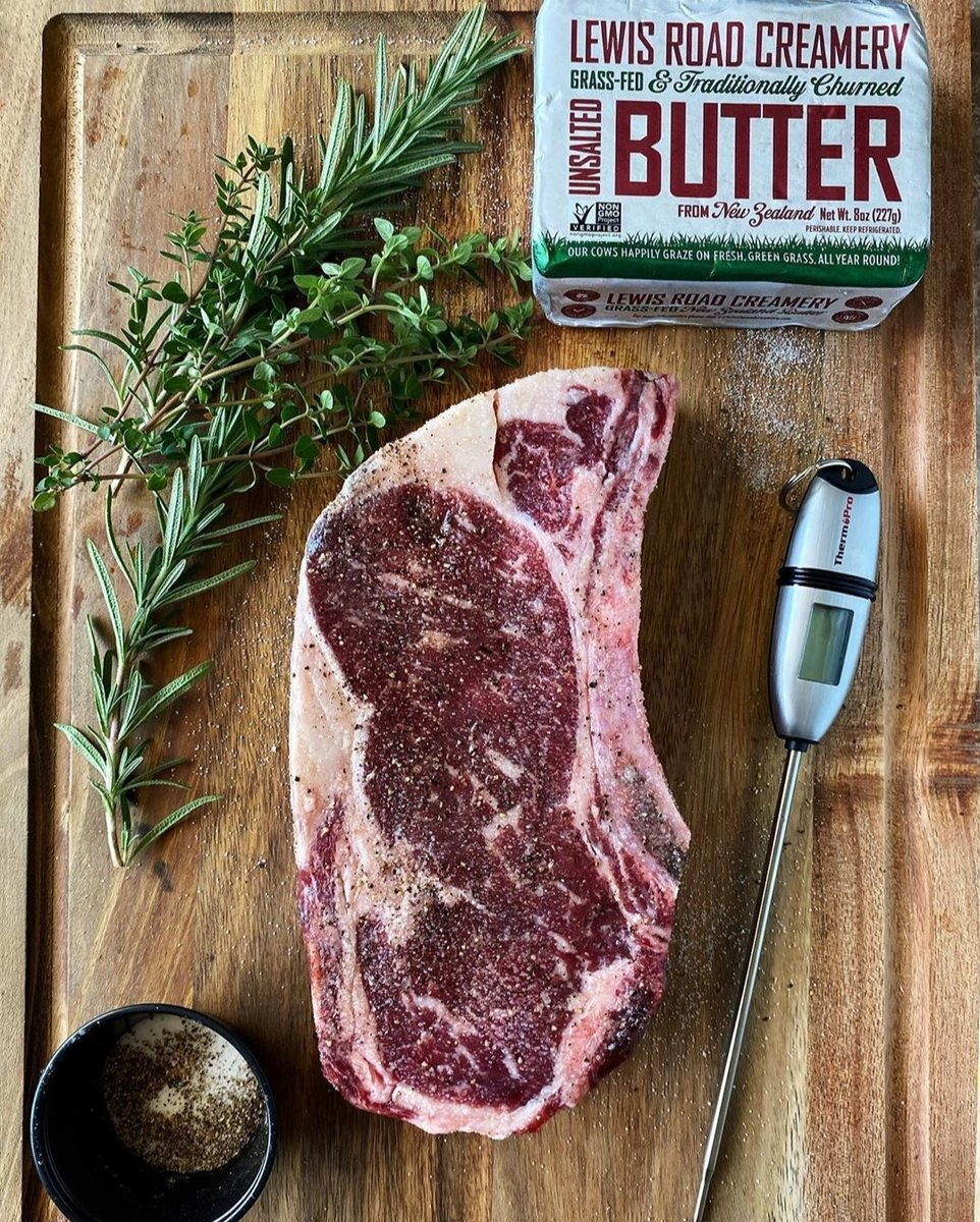 Steak night by @jeaniuseats. 👌 Simple, delicious, magnificent, more please. #BetterButter https://t.co/75Fzfrypk7
