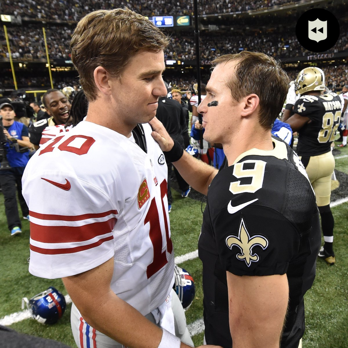 A QB duel for the ages. (Nov. 1, 2015)  @drewbrees: 7 passing touchdowns @EliManning: 6 passing touchdowns https://t.co/k1H1eq4tvl