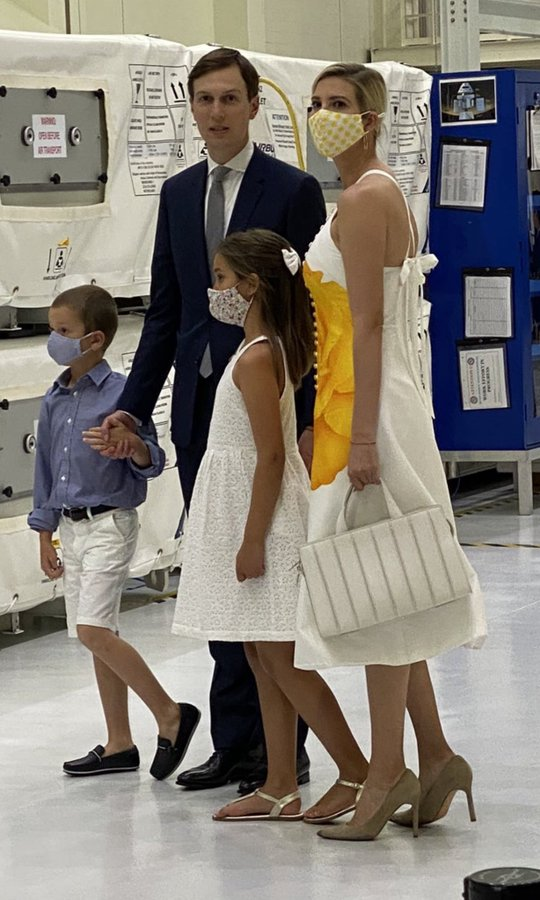 Ivanka Trump With Husband and Kids