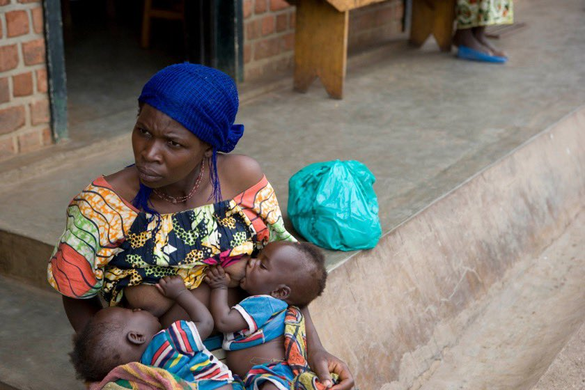 WHO and @UNICEF call on governments to urgently strengthen legislation on the International Code of Marketing of Breast-milk Substitutes during the #COVID19 pandemic. They should not seek or accept donations of breast-milk substitutes in emergency situations. #breastfeeding