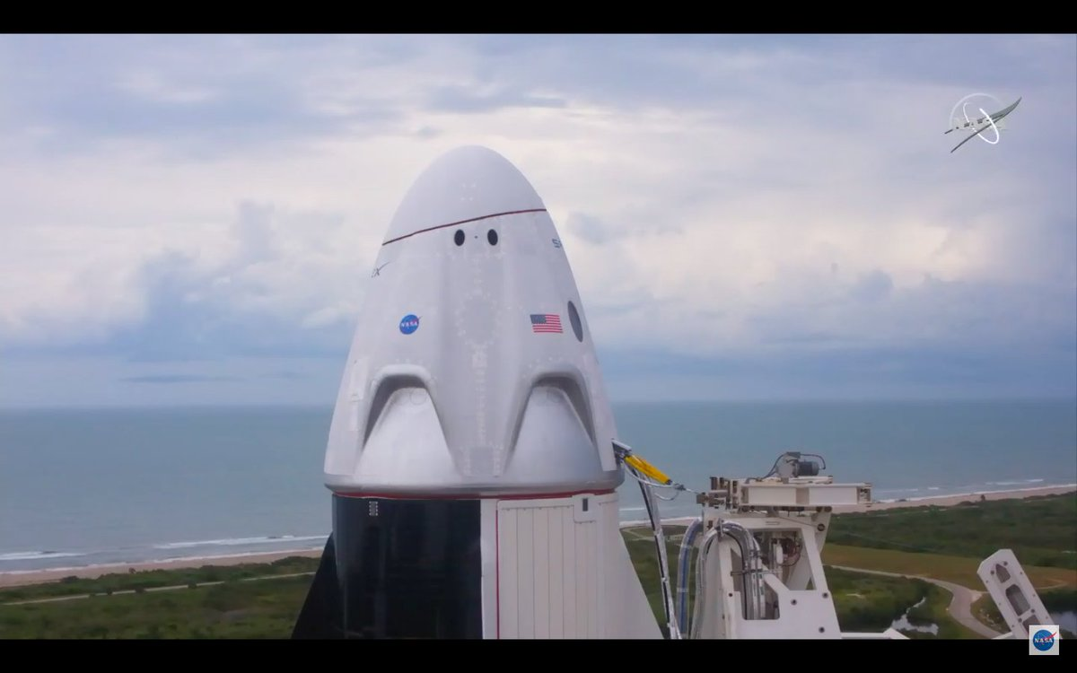 SCRUB. SpaceX's launch director has announced there will no launch today due to bad weather at the Kennedy Space Center.   The next launch opportunity is Saturday at 3:22pm EDT (1922 GMT). https://t.co/1DF5tRjUzj https://t.co/etBWDHP4kg