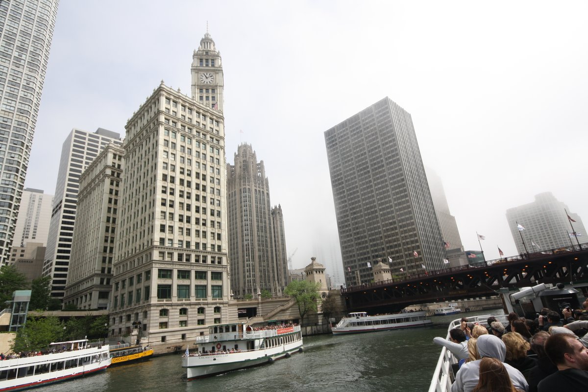 Choose Chicago has unveiled Tourism & Hospitality Forward, a new initiative to spur Chicago's tourism industry post-coronavirus and help expedite the city's economic recovery. https://jimbyerstravel.com/2020/05/27/hawaii-and-us-virgin-islands-re-opening-for-tourism-and-cruise-news-my-may-27-future-of-travel-post/… #travel #tourism #Chicago #tourismstrong @ChooseChicagopic.twitter.com/n7pKjwFPip