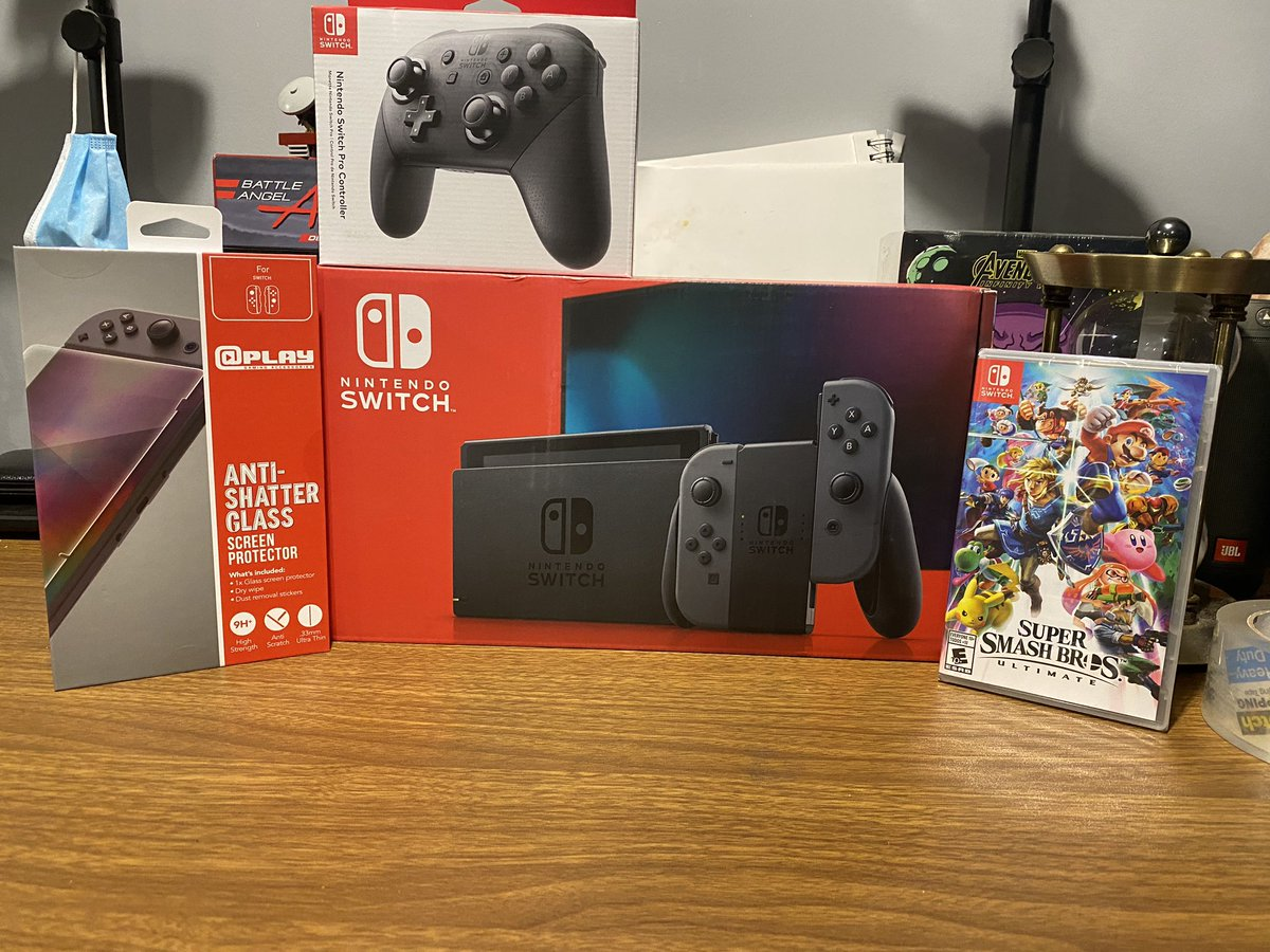 Selling brand new sealed #NintendoSwitchOnline Bundle everything is new and sealed asking $600 please dm or tag ppl who may be interested!!!