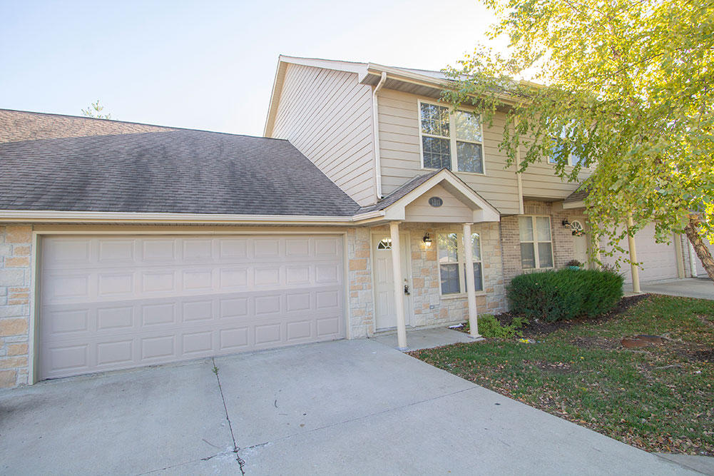 I have a new #listing in #Columbia #MO  http://tour.corelistingmachine.com/home/GBH4QS pic.twitter.com/3UO7MKrNxp