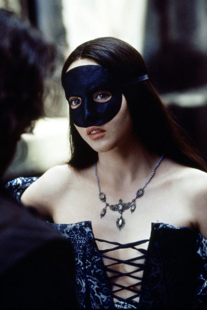 Isabelle Adjani in this particular costume from 'Queen Margot'.