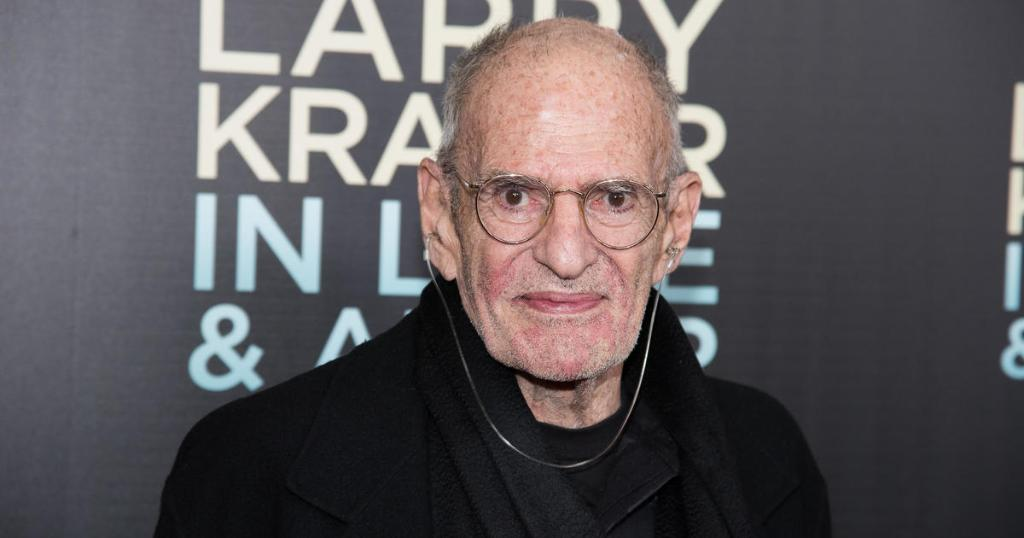 Larry Kramer, 'The Normal Heart' playwright and AIDS activist, has died at age 84 cbsn.ws/36MhTup