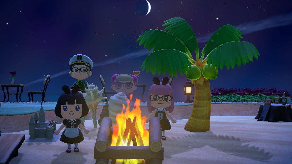 流星日+フーコさんがいるとのことではまなすさんの島へ遊びに行かせて頂きました(*´ ꒳ `*)💖💖💖  ガミガミ中でバタバタしている中、受け入れして頂き有り難うございました(*- -)(*_ _)  島も素敵な場所がたくさんあって素敵でした(*^^*)💖✨  #どうぶつの森 #AnimalCrossing #ACNH #NintendoSwich