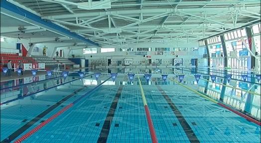 🏊♀️La RFEN insta el govern central a que flexibilitzi les condicions d'ús de les piscines. Alerta que els esports d'aigua mouen 70.000 federats de més de mil clubs i un col·lectiu d'un milió de practicants https://t.co/cs9gEVMdwP #Terrassa #esportstrs #coronavirus #natació https://t.co/LCEiv35Qm9