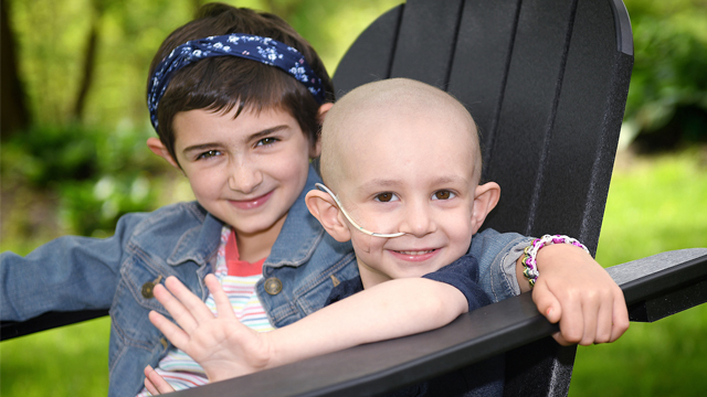 Brother and sister beat cancer together - Miles and Samantha Brown were diagnosed with cancer just months apart. Now the siblings want to ring the bell together at home to celebrate the end of treatment. bit.ly/3c6lW5K